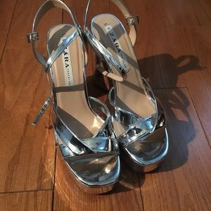 Zara Shoes - Zara metallic platform heels